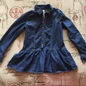 Cute denim shirt with peplum hem! Size 10-12