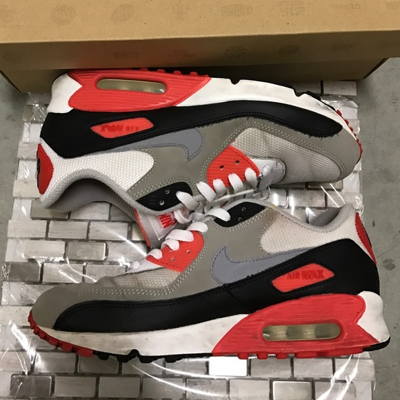 low priced c577d 9338a Air Max 90 Gs  Infrared. M 586fed7e99086aeef6010900