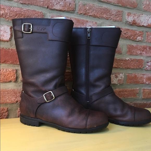 6e6754a8910 UGG Gershwin Boots Size 8