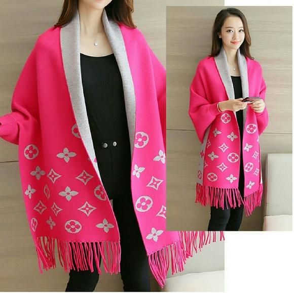 site de renume pret nebun aspect minunat Sweaters   Pink Sweater Cover Poncho Lv Inspired Print   Poshmark