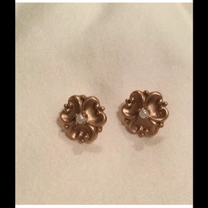 """Jewelry - ROSE COLORED PANSY EARRINGS  MEASURES 1/2"""" WIDE"""