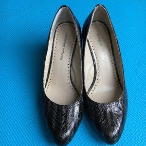 Adrienne Vittadini Shoes - Adrienne Vittadini Snake print wedge! PRICE drop🎉