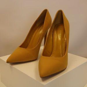 Shoe Republic LA Shoes - BRAND NEW- Shoe Republic LA Stiletto Heels