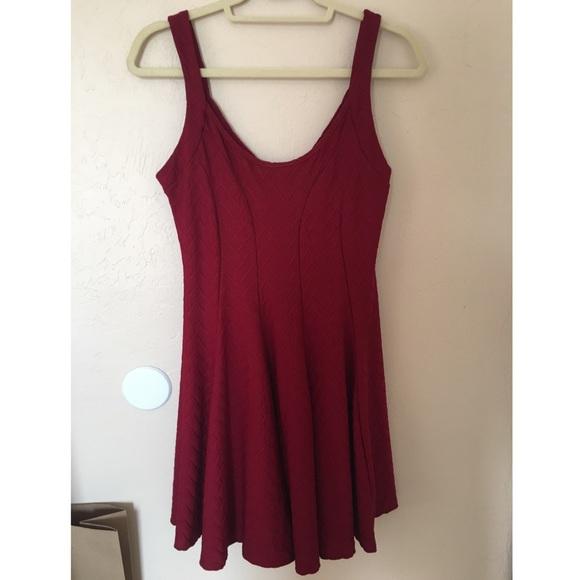 H&M Dresses & Skirts - H&M Maroon Dress