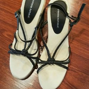 Banana Republic strappy wedges size 7