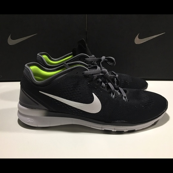 48c056e9ccd9 Women s Nike Free 5.0 TR FIT 5 NEW 704674-004
