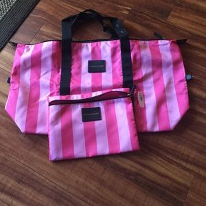 Victoria Secret xlarge travel bag with pouch new