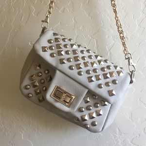 Small purse with chain body strap