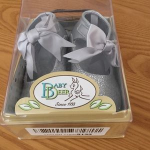 Baby Deer Other - Brand new size 5 dress shoes
