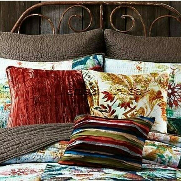 Tracy Porter Wanderlust Michaila Velvet Pillows