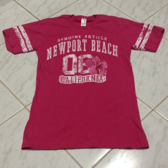 Praire Mountain Tops - NWOT Pink Newport Beach California tee shirt M
