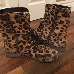 STEVE MADDEN leopard combat boots