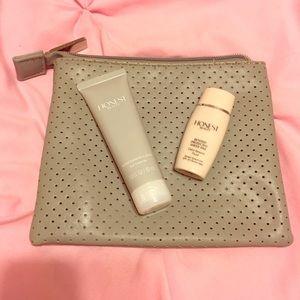 The Honest Company Accessories - 🆕Honest beauty samples & bag