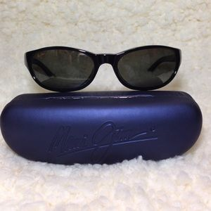 Maui Jim Other - RARE FIND!!! Maui Jim CYCLONE gloss black