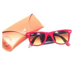 Ray-Ban Accessories - Wayfarer Ray Bans