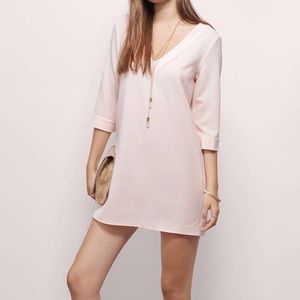 Tobi 3/4 sleeve shift dress in blush
