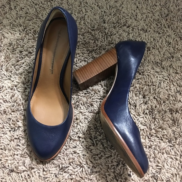 Banana Republic Shoes - Navy Block Pumps | BR