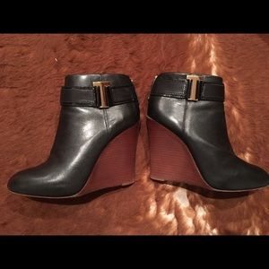 Tory Burch High Heel Wedge Booties Size 8