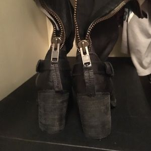 Steve Madden leather black combat boot stacked