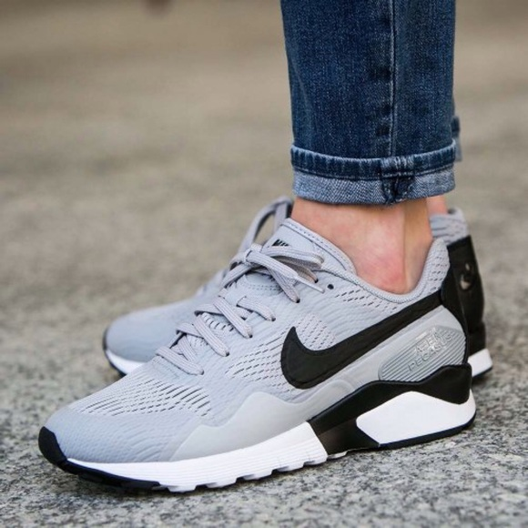 Women's Nike Air Pegasus 92/16 Wolf Grey Sneakers