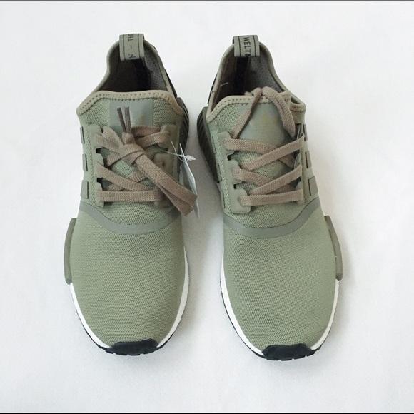 le adidas nmd r1 - traccia poshmark cargo