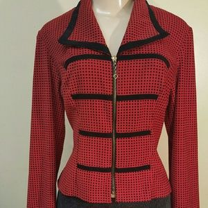 Tops - Vintage  pattern  red and black top