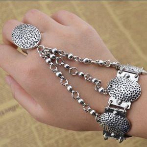 Jewelry - Hand Jewelry🎀