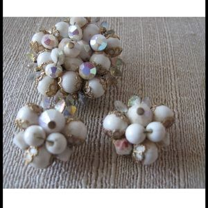 Vintage Glass Bead  Brooch with Clip On Earrings