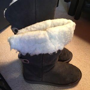 Emu Shoes - Emu Grey Suede Australian Fleece Boots. Sz 9