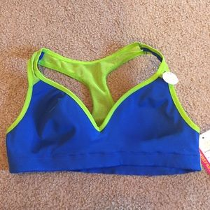 Maidenform Other - Girls sports bra. 34A. Maidenform