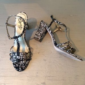 Seychelles Shoes - Seychelles Black and Tan Croc Print T-strap Heels