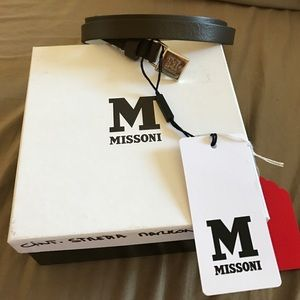 NWT Missoni taupe leather belt with box.