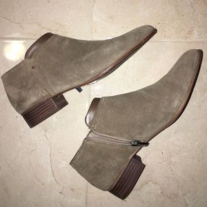 Vince Camuto grey suede booties pointed tip