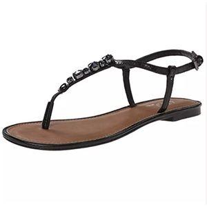 Wild Pair Shoes - 🆕WILD PAIR BLACK THONG SANDAL SZ 7.5M