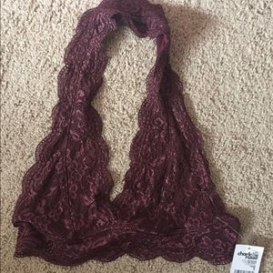Charlotte Russe Tops - Beautiful, maroon bandeau! Size small
