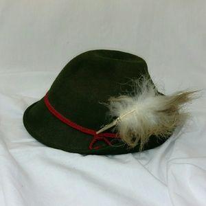 Other - vintageGerman Bavarian green felt alpine hat