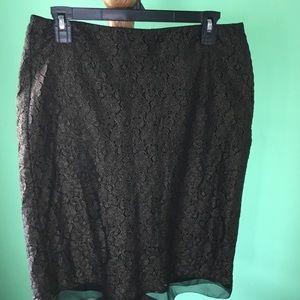Ann Taylor Dresses & Skirts - 🌼🌼 Closet clear out 🌼🌼Pencil cut, black/gold