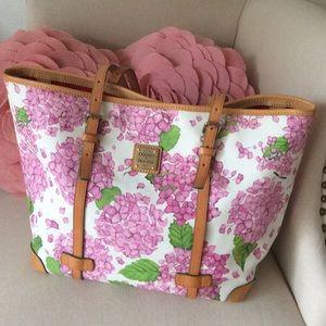 Dooney & Bourke Handbags - DOONEY & BOURKE BAG