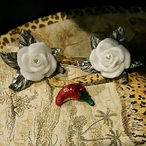 Jewelry - Red hot Chile Pepper lapel pin brooch jewelry