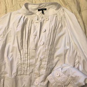 Jackets & Blazers - Daisy Fuentes white trench coat