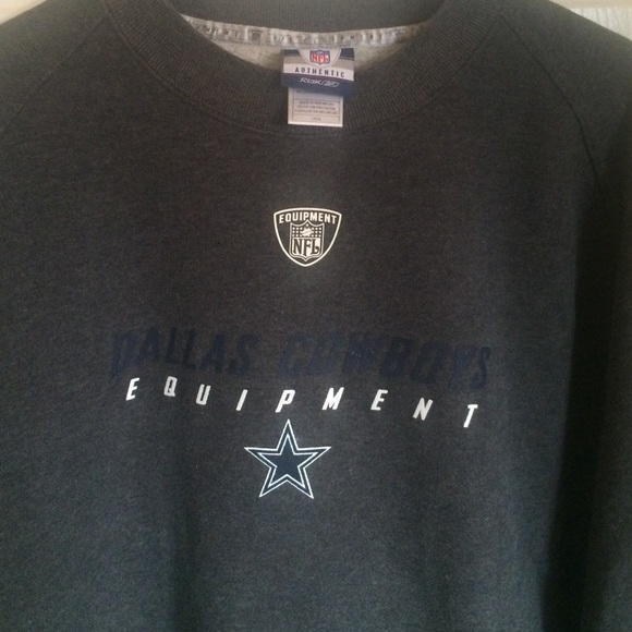 Dallas Cowboys Reebok NFL equipment sweatshirt. M 5871335d7fab3a83e500f225 fe305179b