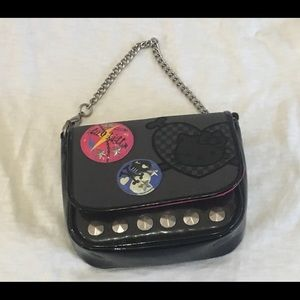 Hello Kitty Accessories - 🎉EVERYTHING KISD HP🎉 Hello Kitty wristlet