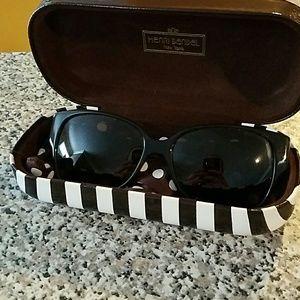 henri bendel Accessories - Henri Bendel sunglasses