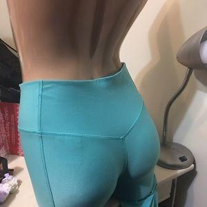 Nike Pants - 🎀XS Nike tiffany blue crops 🎀