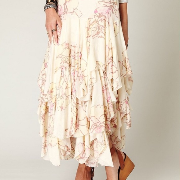 095bf2f77b Free People Dresses & Skirts - Free People rounded godet maxi skirt