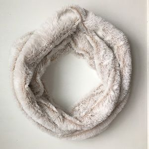 Accessories - Faux Fur Infinity Scarf