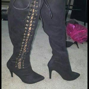 Lace of boots