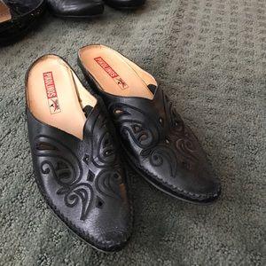 PIKOLINOS Shoes - Black mules