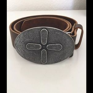 Accessories - Leather belt made in USA 🇺🇸 size 32