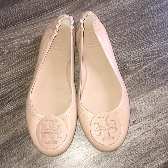 d8c988d28 Tory Burch Minnie Travel Ballet Flat Nude Size 7. M_587152b236d594230a08e0af